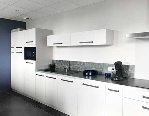 Inspirez-vous des cuisines aménagées sur-mesure de nos clients ...